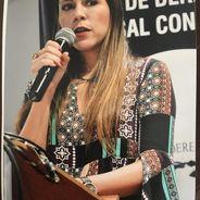 Alinne | Advogado | Contratos em Santa Catarina (Estado)