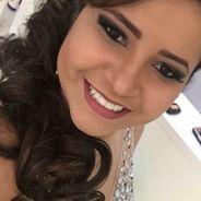 Larissa | Advogado | Direção em uso de fone de ouvido
