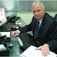 Pedro | Advogado | Salário normativo