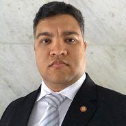 Leandro | Advogado | Contratos em Distrito Federal (UF)