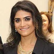 Heloisa   Advogado   Direito Societário