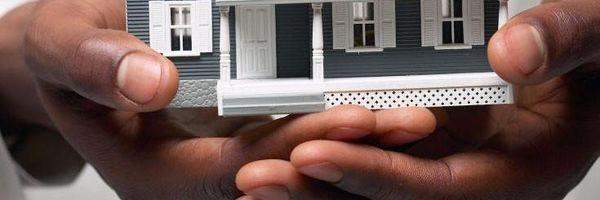 Do dever da restituição imediata e integral das parcelas pagas pelos compradores de imóvel