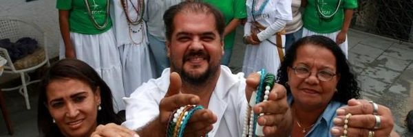 Projeto social reúne católicos e evangélicos em um terreiro de Umbanda, em Santíssimo, na Zona Oeste do Rio
