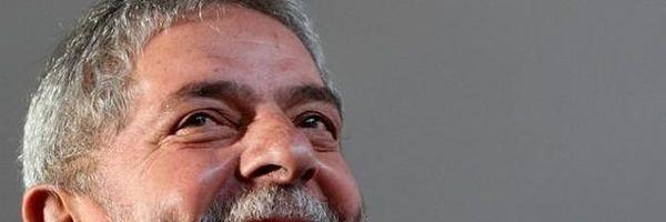Para beneficiar Lula, membro do CNMP mete os pés pelas mãos!
