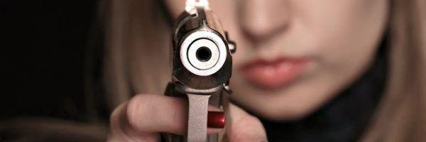 Uma mulher armada é uma mulher segura