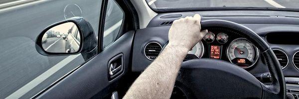 Posso perder o direito de dirigir antes do julgamento do recurso administrativo das multas?