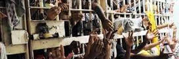 Do Carandiru a Manaus, Brasil lota presídios para combater tráfico sem sucesso