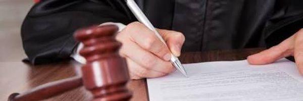 Menos é mais: Juiz do tribunal escreve receita para advogado ser mais conciso