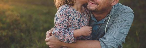 Pai que não paga pensão pode exigir conviver com os filhos?