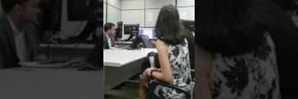 Juiz do Trabalho no Rio de Janeiro interrompe audiência e obriga advogado a botar gravata para prosseguir com audiência
