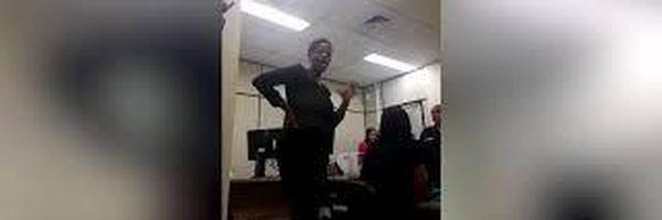Advogada é algemada e retirada de audiência no RJ