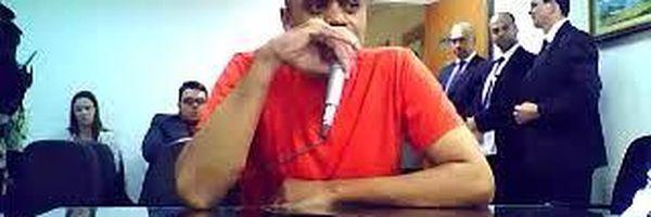 Adélio Oliveira presta depoimento para garantir seus direitos humanos