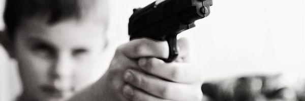 Crianças e armas: Perigo ou preconceito?