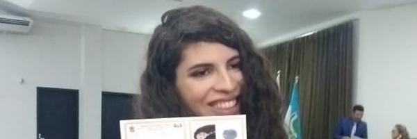 Primeira advogada transexual de Mossoró, RN, recebe carteira da OAB: 'Histórico