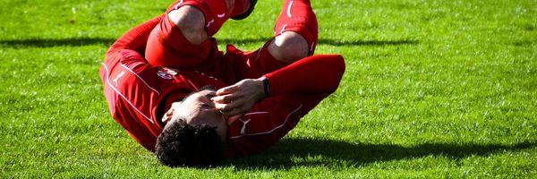 Acidente do trabalho do jogador de futebol: o que diz a lei?
