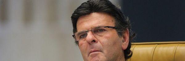 Luiz Fux: decisão de soltar deputados é vulgar e certamente será revista pelo STF