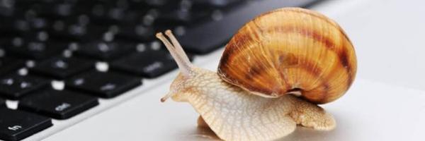 Baixa velocidade de internet gera dano moral