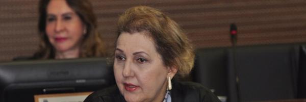 Corregedora de Justiça obriga juízes a atenderem advogados em qualquer situação