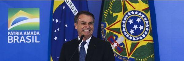 """""""Toda boa ditadura é precedida de desarmamento"""", diz Bolsonaro"""