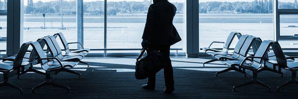 Empresas são condenadas por falta de comunicação prévia da antecipação dos voos dos passageiros.