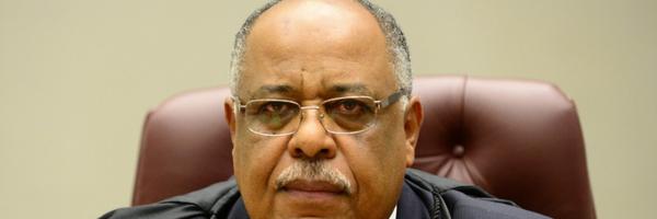 Ministro fixa três anos para prescrição de reparação civil contratual ou extracontratual