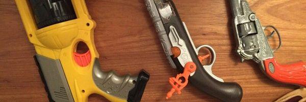A posse de simulacros e a configuração dos crimes de posse ou porte de arma de fogo da Lei 10.826/03.