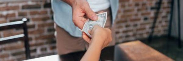 Filhos de relacionamentos diferentes recebem pensão alimentícia de igual valor?