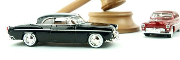 Detran é condenado a indenizar motorista que teve carro apreendido e leiloado