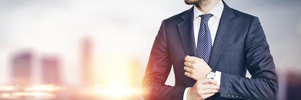 [Enquete] Você acha que advogados que dispensam roupas formais são menos confiáveis? Por quê?