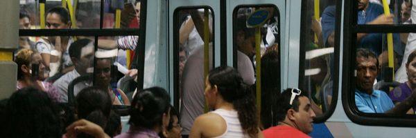 O homem do ônibus ejaculou, mas foi a Moral que estuprou o Direito