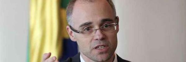 """AGU fará representação contra juiz que chamou situação do país de """"merdocracia"""""""