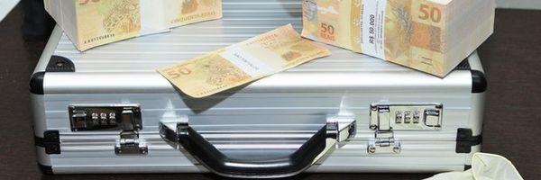 O verdadeiro dinheiro falso