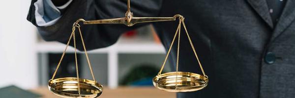 Proposta prevê sanção processual por violação de prerrogativas da advocacia