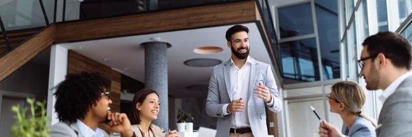 Quais as características de um líder bem-sucedido?