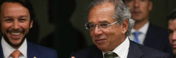 Ministro Paulo Guedes quer acabar com adesão obrigatória à OAB e a outros conselhos