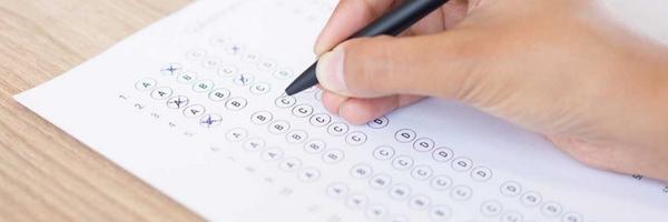 Bacharel formado em 1982 não precisa prestar exame da OAB, decide TRF-4