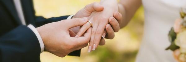 Proposta inclui na Constituição possibilidade de advogados celebrarem casamentos
