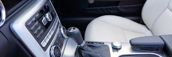 Concessionária pagará indenização por carro de luxo que apresentou problemas