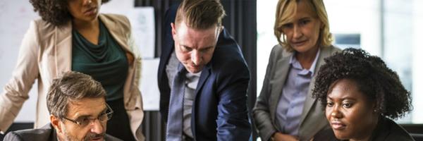 """Controladoria Jurídica – quais habilidades deve ter um """"advogado de números""""? Ouça agora"""