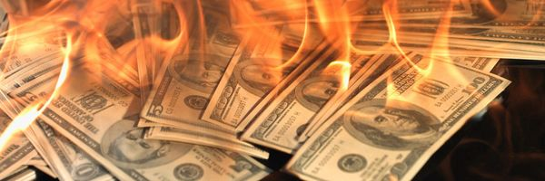 Destruir/rasgar dinheiro é crime?