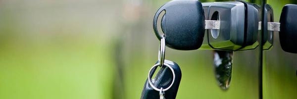 TRF-4 garante isenção de IPI na compra de carro a mulher com limitação no joelho