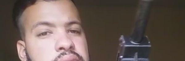 Advogado que gravou vídeo armado e assumindo ser de facção é absolvido: 'não passou de exibicionismo', diz defesa