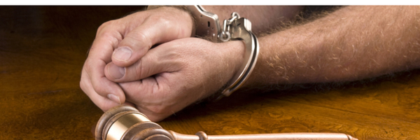 Inadimplemento de multa, por si só, não impede progressão de regime