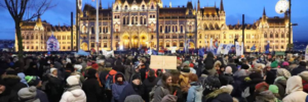 Extrema-direita na Hungria começa sentir o amargor do ódio do povo