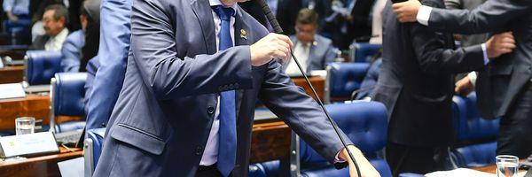 Senador consegue 27 assinaturas para CPI do STF e do Judiciário