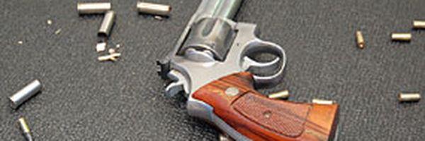 Identificação posterior de numeração não afasta crime de porte de arma restrita