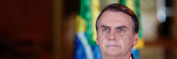 """Juristas dizem """"basta"""" a Bolsonaro em manifesto contra ofensivas à democracia"""