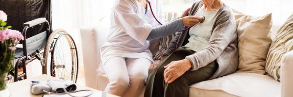 Cobertura de home care por plano de saúde