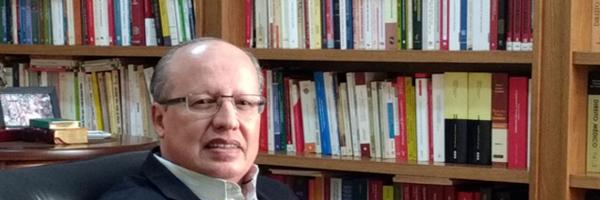 Entrevista com o Prof. Dr. Luiz Regis Prado