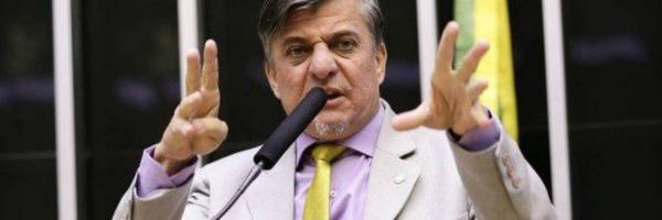 """Deputado cria projeto para """"amputar mãos"""" de políticos corruptos"""
